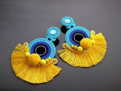 Beautiful, impressive Soutache earrings, made of Soutache strings with glass beads. Colour: turquoise, blue, navy blue and yellow. Clip On Tassel Earrings, Jewelry Design Earrings, Soutache Earrings, Ear Jewelry, Diy Earrings, Resin Jewelry, Macrame Earrings, Fashion Earrings, Jewelry Art