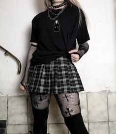 Gothic Outfits, Edgy Outfits, Grunge Outfits, Cool Outfits, Egirl Fashion, Cute Fashion, Fashion Outfits, Aesthetic Grunge Outfit, Aesthetic Clothes