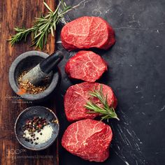 стейки мраморные by l-i-s-k-a IFTTT wooden beef chop cooking copy space cutting board dark eating food fresh ingredient ma Steaks, Marbled Meat, Cleaver Knife, Meat Steak, Camping Bbq, Handmade Kitchens, Cooking Tools, Steak Recipes, Kitchen Hacks