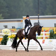 U.S. Leads By A Fraction After Eventing Dressage At Pan Ams http://www.chronofhorse.com/article/us-leads-fraction-after-eventing-dressage-pan-ams