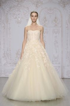 one of my fave wedding dresses from the Monique Lhuillier Fall 2015 Collection - fit for a princess!
