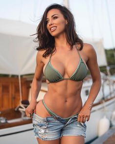 ...Let's Set Sail... Tag your crew!  We took this photo on the docks of English Harbor at the end of the first day of shooting my 2017 calendar in the Caribbean. We were chasing the light and trying to beat the onset of mosquitos  Love this photo!  To see the most fire photos go to ANACHERI.com and snag one of my Caribbean Vibes calendars NOW!! .. Photo: @ajh_photography  Makeup: @baileyvalente  Set design:  @benmoreland  #BEPOSITIVE #CLASSIC #fitness #2017calendar #caribbean…