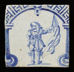 tegel van keramiek, tinglazuur, voorstellende SOLDATEN gemaakt te Rotterdam ca. 1625-1650