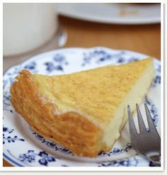 Old fashioned milk tart. A traditional South African teatime treat. West African Food, South African Recipes, Easy Desserts, Delicious Desserts, Dessert Recipes, Trifle Desserts, Cold Desserts, Milktart Recipe, Melktert