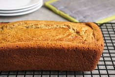 This oat flour banana bread is the best healthy snack! Everyone loves it. #bananabread Oat Flour Banana Bread, Oat Flour Pancakes, Gluten Free Banana Bread, Make Banana Bread, Gluten Free Oats, Oats Recipes, Banana Recipes, Real Food Recipes, Snack Recipes
