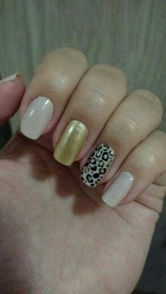 #gold #onça #nailsart