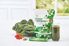 Forever Supergreens™ | Forever Living Products Austria Forever Aloe, Gel Aloe, Aloe Vera Gel, Spirulina, Superfood, Clean Recipes, Healthy Recipes, Healthy Meals, Vitamins