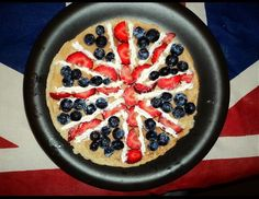 We're loving this patriotic #pancake made with strawberries, blueberries and cream #prizepancake