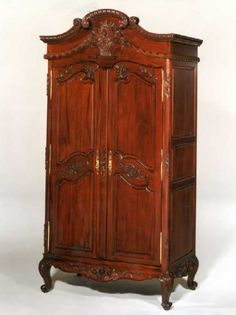 Having an antique Wardrobe like this is a childhood dream of mine.  Why?  Because one day I'm going to open that thing and find myself in Narnia and I'll finally meet Aslan.
