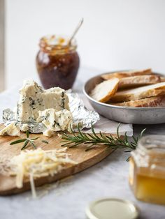 Fig Spread and Cheese Crostini Appetizer ...Judith's comment: just give me a moment while I stop drooling !!!  incredible photography and recipe...