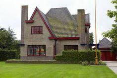 Building Design, Building A House, Dutch Netherlands, Amsterdam School, Brick Architecture, Architect House, House Plans, Art Deco, Cottage