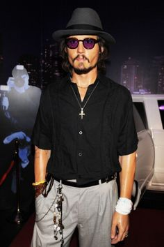 Johnny Depp - turning 50 today. Hurra for a hunk!