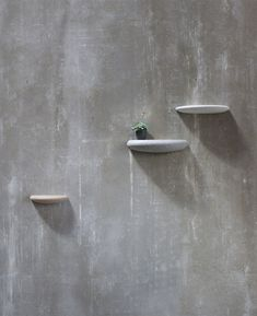 Stones consists out of 3 stone-a-like elements which you use as a wall display to present your most beloved objects!