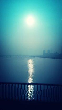 출근길 한강 햇님