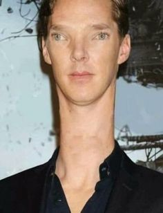you dont see many unedited pics of celebrities nowadays, this is refreshing to see. :-) // messed up << Ikr? Now we can see the normal Benedict Cumberbatch for how he truly looks.<< so refreshing :))))<<lol xD Avengers Cast, Avengers Memes, Marvel Jokes, Marvel Funny, Benedict Cumberbatch Names, Khan Benedict, Funny Images, Funny Pictures, Marvel Images