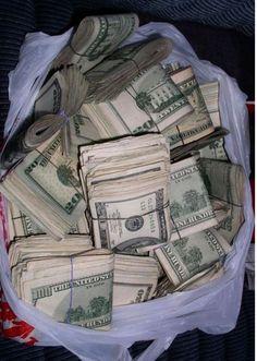 Mo Money, How To Get Money, Money Girl, Cash Money, Money Bags, Money On My Mind, Money Pictures, Money Stacks, Manifesting Money
