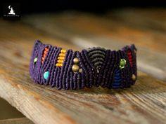 OOAK Unisex Macrame handmade bracelet abstract by TheTomentosaShop