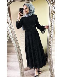Cotton head scarf instant black hijab ready to wear muslim accessories for women Affiliate link Hijab Evening Dress, Hijab Dress Party, Hijab Style Dress, Casual Dress Outfits, Chic Dress, Modern Hijab Fashion, Arab Fashion, Muslim Fashion, Mode Abaya