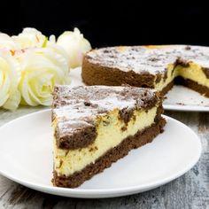 Prăjitura rusească cu brânză de vaci - desertul perfect care nu va lăsa pe nimeni indiferent! - savuros.info Chocolate Desserts, Cheesecakes, Easy Desserts, Bakery, Deserts, Food Porn, Food And Drink, Sweets, Cooking