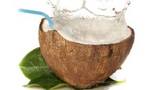 12 drinks that minimize the signs of aging--coconut water