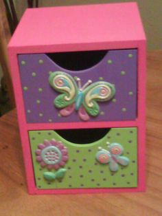 Cardboard Crafts, Clay Crafts, Wood Crafts, Diy And Crafts, Arts And Crafts, Woodworking Projects Diy, Diy Projects, Jewelry Box Makeover, Pallet Boxes