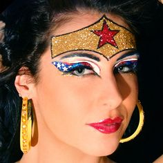 With Halloween tomorrow, I wanted to share some more creative face painting ideas. Be sure to check out 21 Creepy and Cool Halloween Face Painting Ideas for more inspiration. Having your makeup / face painting done really makes all the difference in a goo Maquillage Wonder Woman, Wonder Woman Makeup, Halloween Face, Halloween Costumes, Superhero Halloween, Halloween Ideas, Glitter Make Up, Glitter Gel, Face Painting Designs