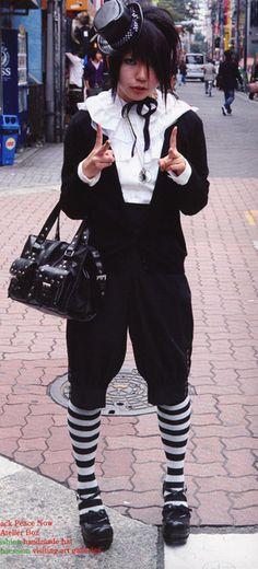 Oji Gothic Lolita fashion