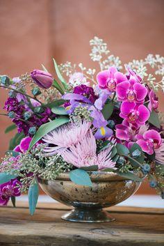 #radiantorchid wedding centerpiece - photo by Jordan Weiland, flowers by Bella Calla http://ruffledblog.com/spring-floral-inspiration/