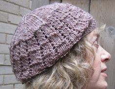Hugs For Your Head: Lazy Day Lace Hat - a free pattern