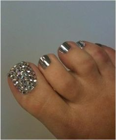 Can't have pretty finger nails without pretty toes too! Get Nails, Fancy Nails, Bling Nails, Love Nails, How To Do Nails, Pretty Nails, Hair And Nails, Bling Bling, Pretty Toes