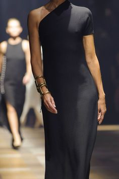 Lanvin at Paris Fashion Week Spring 2015 : 231 details photos of Lanvin at Paris Fashion Week Spring Lanvin at Paris Fashion Week Spring 2015 - Details Runway Photos Fashion Details, Look Fashion, Fashion Beauty, Womens Fashion, Fashion Design, Paris Fashion, Trendy Fashion, Fashion 2015, Fashion Weeks