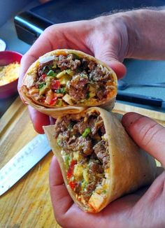 Carne Asada Burrito (Taco Shop Style) - Carne and Papas Mexican Dishes, Mexican Food Recipes, Beef Recipes, Dinner Recipes, Cooking Recipes, Cooking Tips, Mexican Desserts, Mexican Cheese, Freezer Recipes
