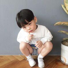 Jhanuul **♡♡ uploaded by MirandaMonty on We Heart It Cute Asian Babies, Korean Babies, Asian Kids, Cute Babies, Toddler Boys, Kids Boys, Baby Kids, Baby Boy, Kids Fashion Boy