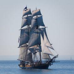 hms-surprise: US Brig Niagara Doug Heimstead - Dear Old Vessels