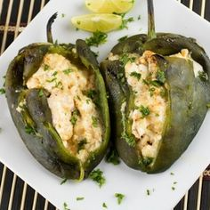 Cream Cheese Stuffed Poblano Peppers great and fast. made salsa of avocado, tomato, cilantro, and lime juice Chili Recipes, Veggie Recipes, Appetizer Recipes, Mexican Food Recipes, Vegetarian Recipes, Cooking Recipes, Healthy Recipes, Pepper Recipes, Appetizers