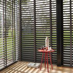 Laat u inspireren door Luxaflex® raamdecoratie. Horizontale Jaloezieën - 70 mm