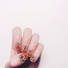 floral nails by Anna Bond @annariflebond | Websta