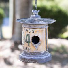 Round License Plate Hanging Birdhouse – The Cottage Store Homemade Bird Houses, Bird Houses Diy, Fairy Houses, Birdhouse Designs, Birdhouse Ideas, Bird House Kits, Bird Aviary, Annie Sloan Chalk Paint, Magnolia Homes