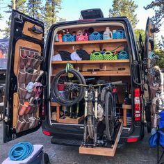 2018 Adventure Van Expo: Rowdy Builds for Life Of. 2018 Adventure Van Expo: Rowdy Builds for Life Off Road What's not Camping Klo, Off Road Camping, Camping Ideas, Off Road Rv, Camping Car Sprinter, Sprinter Camper, Van Conversion Interior, Camper Van Conversion Diy, Kangoo Camper