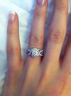Beautiful diamond ring ~ Massive CLEARANCE SALE exclusively at #Capri #Jewelers #Arizona ~ www.caprijewelersaz.com ♥