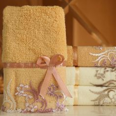 Big sales Cotton Absorbent Bath Towel Classic Lace Embroidery Design Face Towel Soft  Washcloth