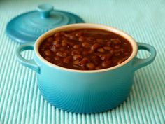 Baked Beans in the Crock Pot from Weelicious (http://punchfork.com/recipe/Baked-Beans-in-the-Crock-Pot-Weelicious)