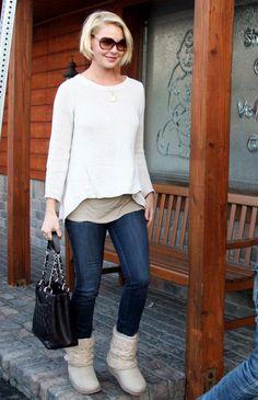 Katherine Heigl - off white sweater.