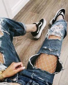 fishnets under ripped jeans @dcbarroso