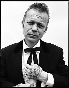 I was recently looking at a Ben Watts photo book and came across his pictures of teddy boys. I really like their style and their love o. Teddy Boys, Teddy Girl, Teddy Boy Style, El Rock And Roll, Brylcreem, Hippie Man, Boy Tattoos, Retro Pop, Skinhead