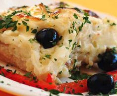 This recipe was invented by a guy in Porto named Zé do Pipo. The secret ingredient: mayo!