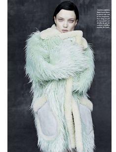 Vogue México January 2015, Naty Chabanenko