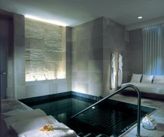 Mandarin Oriental New York Spa_ by HBA Hirsh Bedner Associates _. larger hot pool and more open and would be great. Spa Design, My Home Design, Spa Luxe, Luxury Spa, Luxury Hotels, Indoor Swimming Pools, Swimming Pool Designs, Pool Spa, Deco Spa