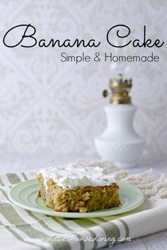 Simple Banana Cake Recipe - Allergen Friendly - Little House Living Trifle Desserts, Great Desserts, Party Desserts, Delicious Desserts, Dessert Recipes, Cupcake Recipes, Healthy Desserts, Hot Fudge Cake, Hot Chocolate Fudge