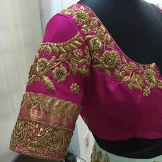 All Ethnic Customization with Hand Embroidery & beautiful Zardosi Art by Expert & Experienced Artist That reflect in Blouse , Lehenga & Sarees Designer creativity that will sunshine You & your Party Worldwide Delivery. Best Blouse Designs, Silk Saree Blouse Designs, Choli Designs, Bridal Blouse Designs, Blouse Patterns, Dress Designs, Silk Sarees, Maggam Work Designs, Blouse Models